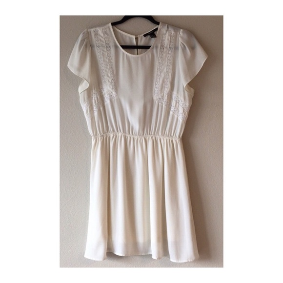 Forever 21 Dresses & Skirts - Forever 21 Off-White Tunic/Dress